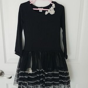 Eliane et Lena girls black dress, size 5.